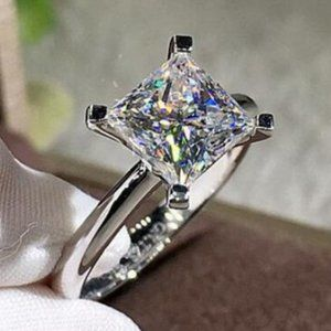 *NEW 2ct Princess Cut Solitaire Diamond Ring